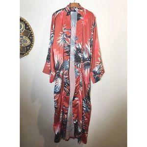 41f5af3a825405 AKIRA Intimates   Sleepwear - Colorful Kimono☀️